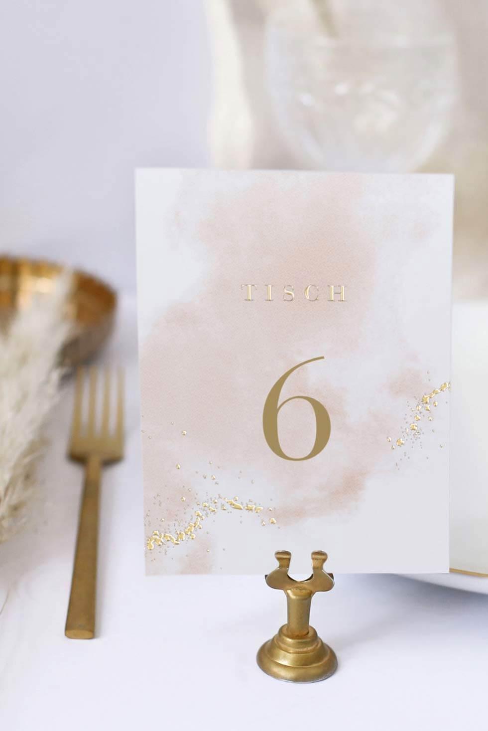Tischnummer auf Ständer