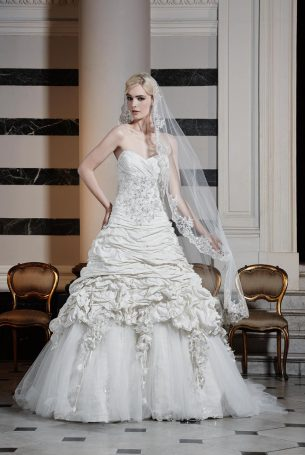 Ian Stuart Brautmodekollektion – Hochzeit planen mit weddingstyle