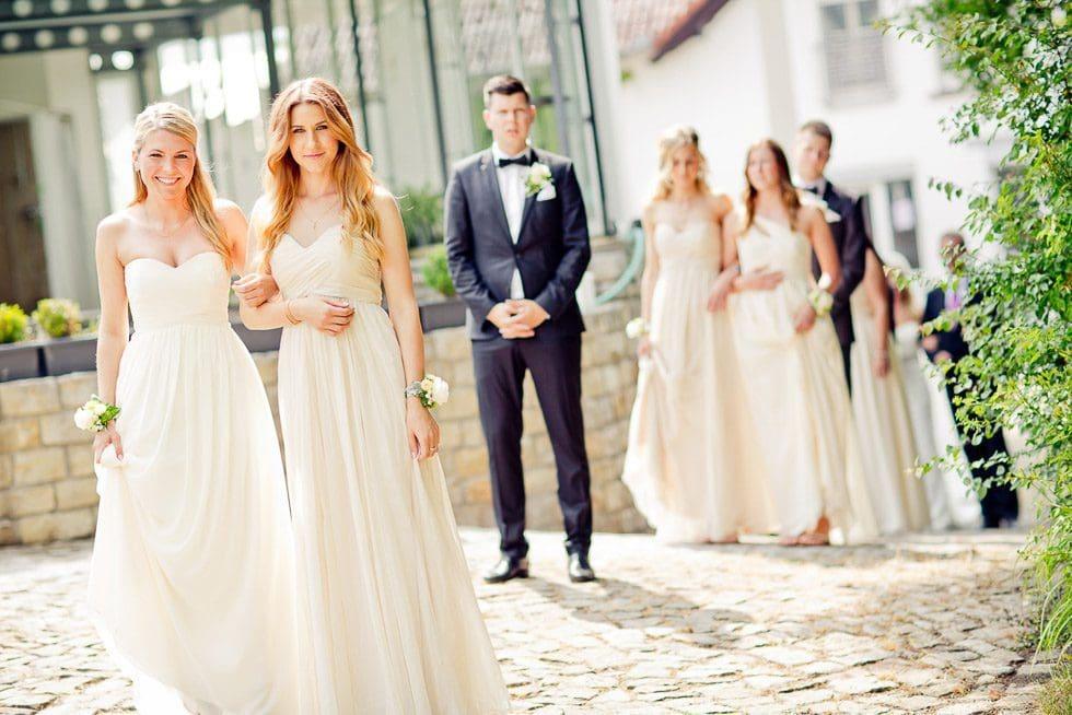 Brautjungfern: So erleben sie den Tag eurer Hochzeit – Hochzeit ...