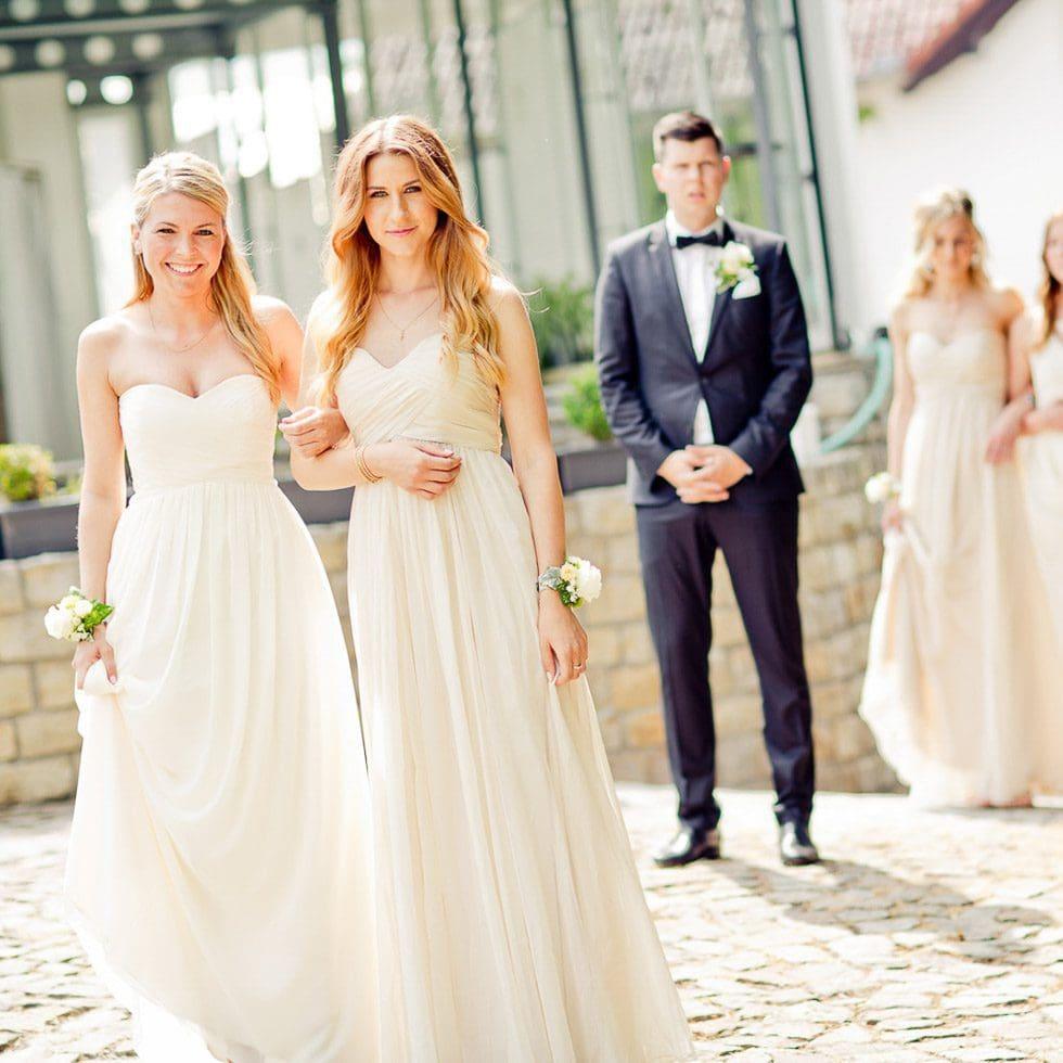 Brautjungfern Die Begleiterinnen Der Braut