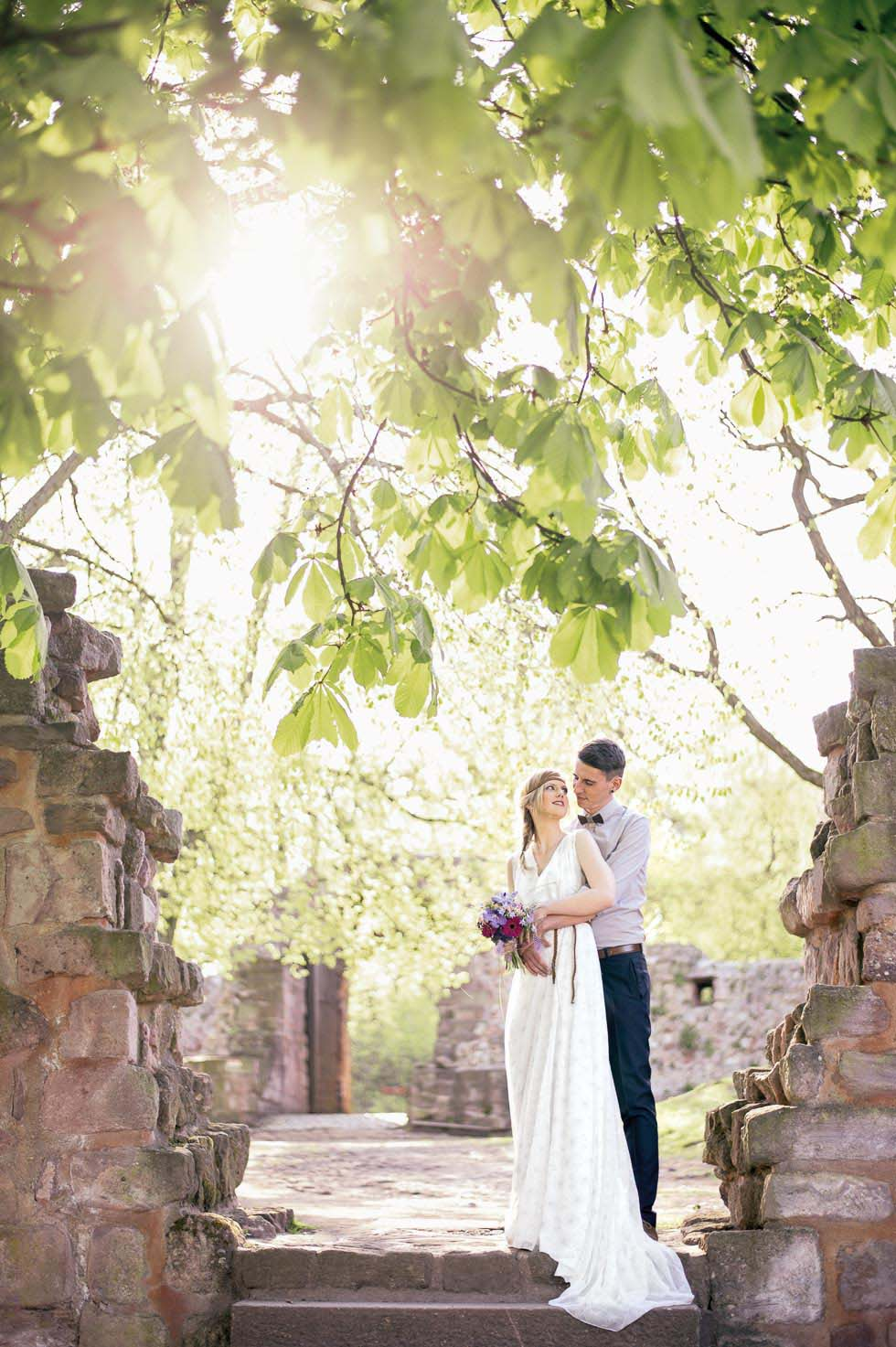 Hochzeitsshoot in Unterburg am Kyffhäuser-Denkmal von Magdalena Kruse