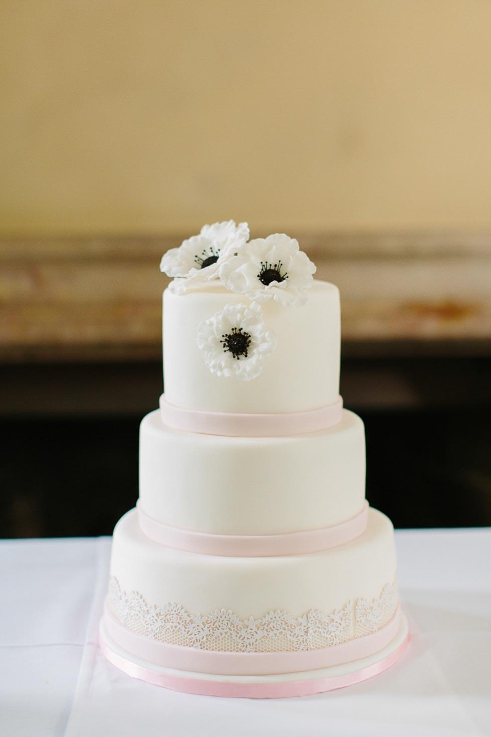 Hochzeitstorte Zuckerblumen