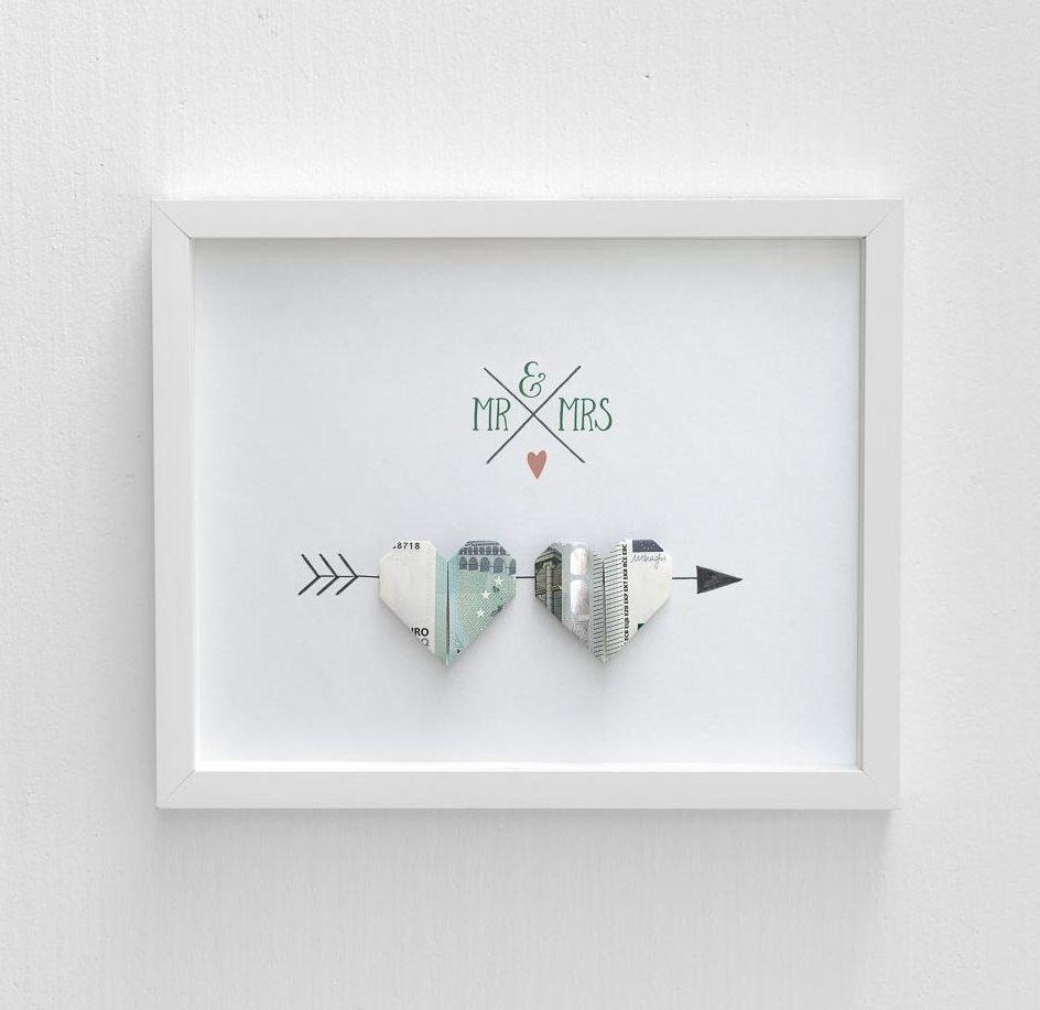 herz aus geld falten weddingstyle hochzeitsblog. Black Bedroom Furniture Sets. Home Design Ideas