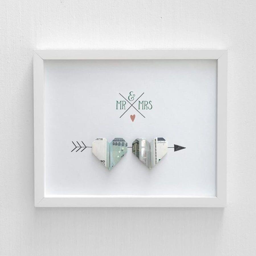 anleitung herz aus geld falten ein tolles geldgeschenk. Black Bedroom Furniture Sets. Home Design Ideas