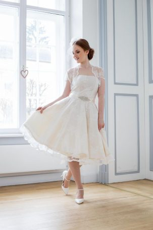Brautkleider Kollektion Atelier Belle Couture – Hochzeit planen mit ...