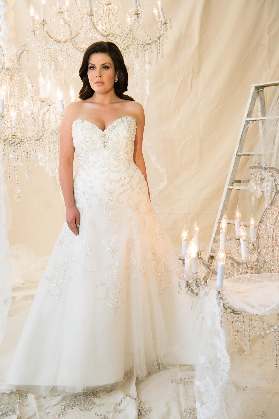 Brautkleider in großen Größen – Endlich schöne Modelle – Hochzeit ...