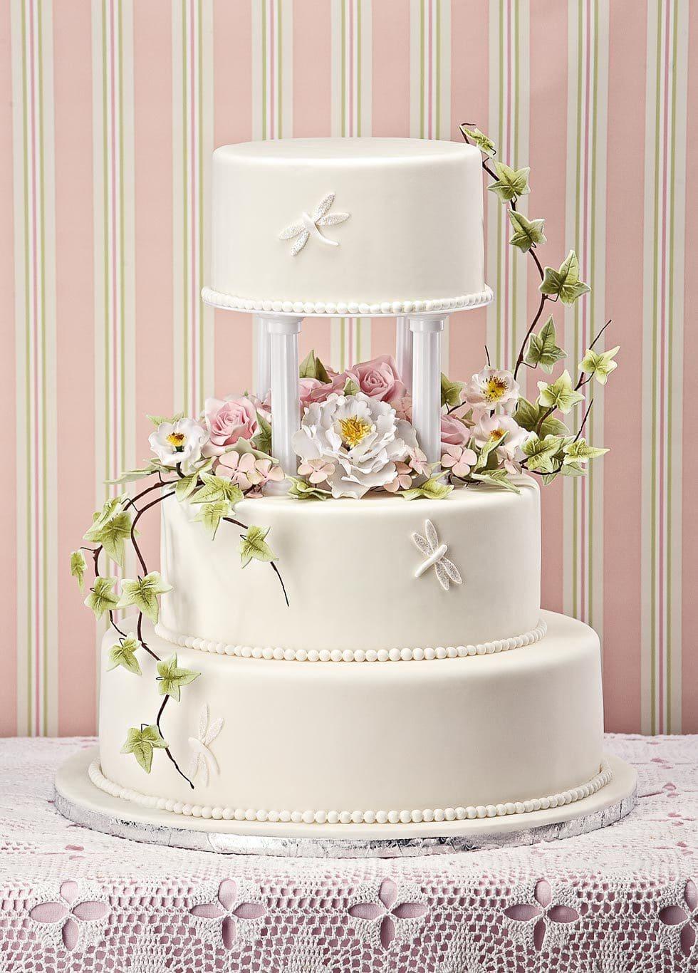 Hochzeitstorte mit Libellen