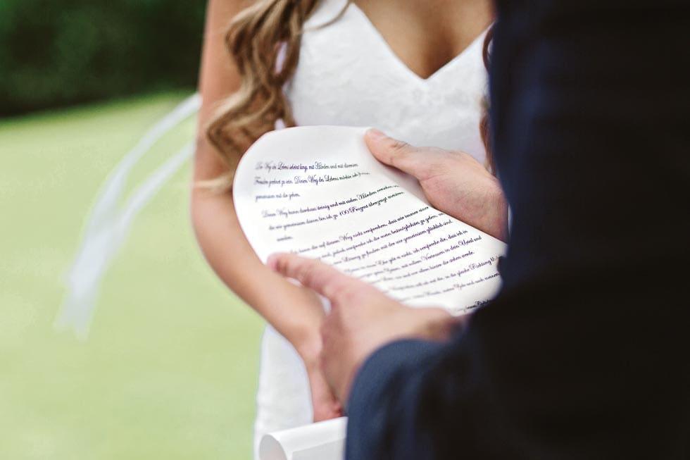 Selbst geschriebenes Eheversprechen