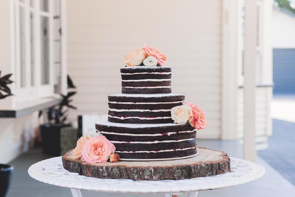 naked cake hochzeitstorte. Black Bedroom Furniture Sets. Home Design Ideas