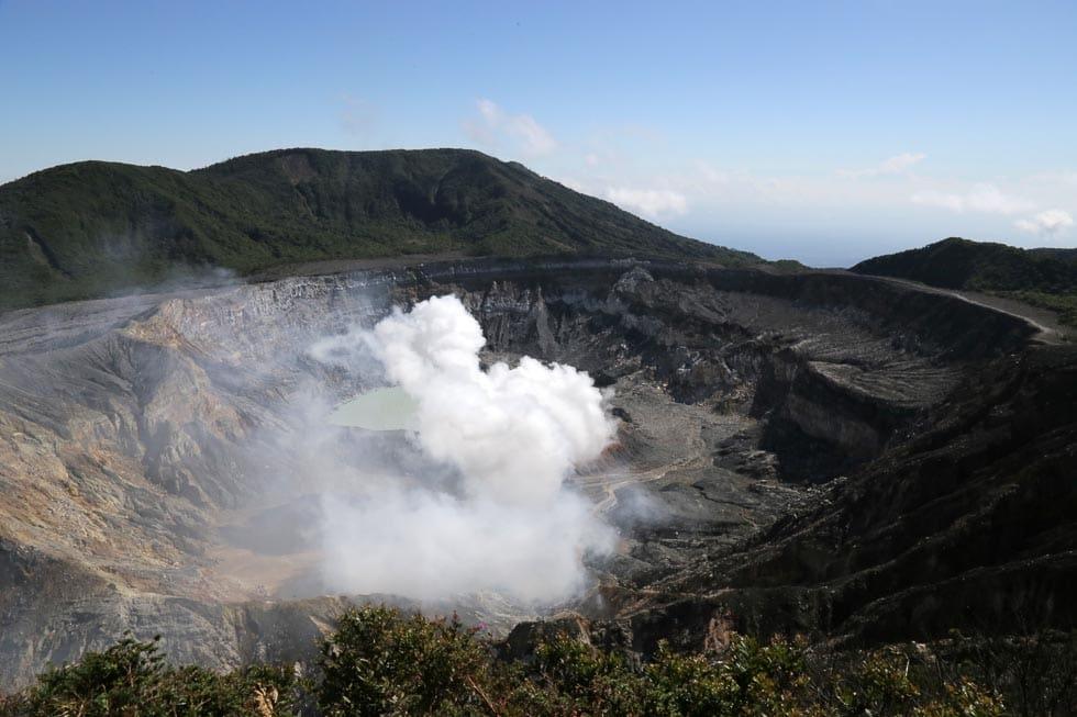 Hochzeitsreise Costa Rica Vulkan