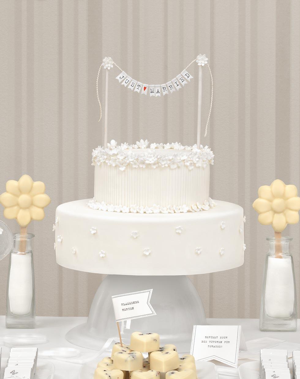 Hochzeitstorte Desserttable