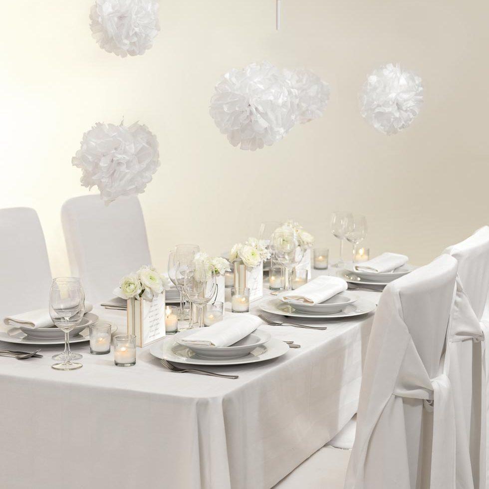 Tischdekoration weiß