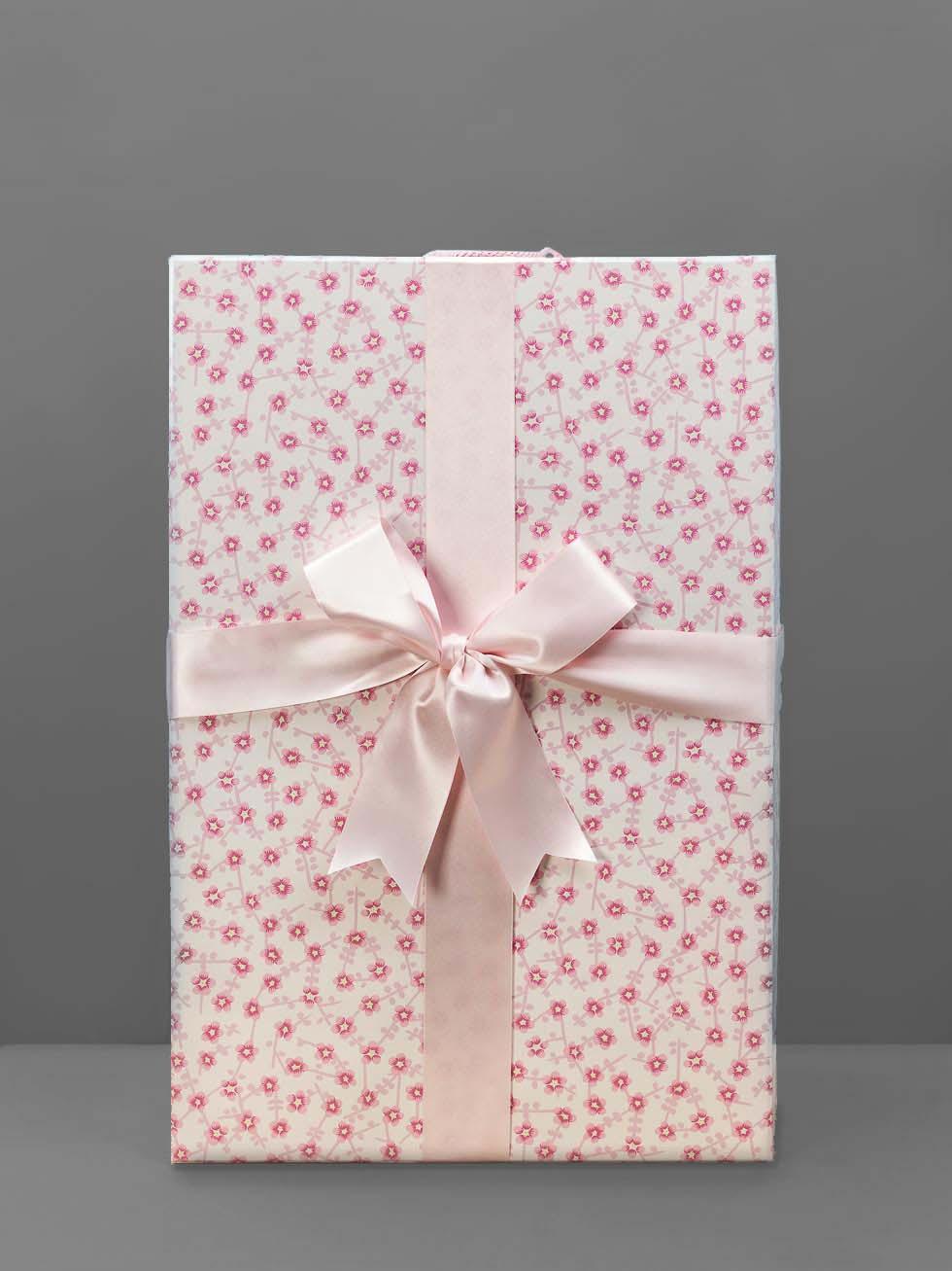 Brautkleidbox: So bewahrt ihr euer Brautkleid für die Ewigkeit auf ...