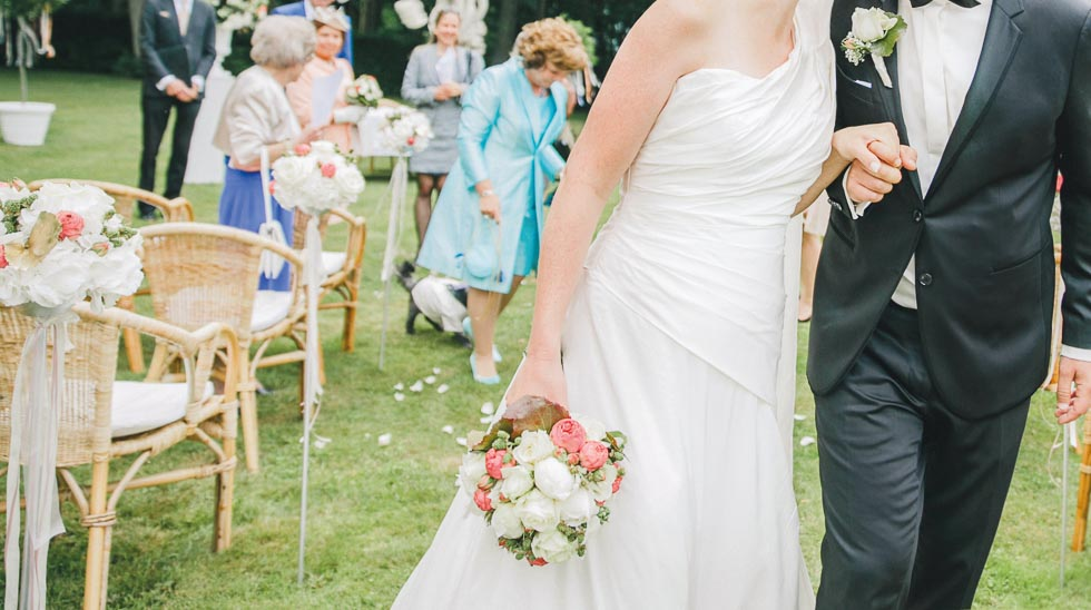 Brautstrauß Lachs und Weiß