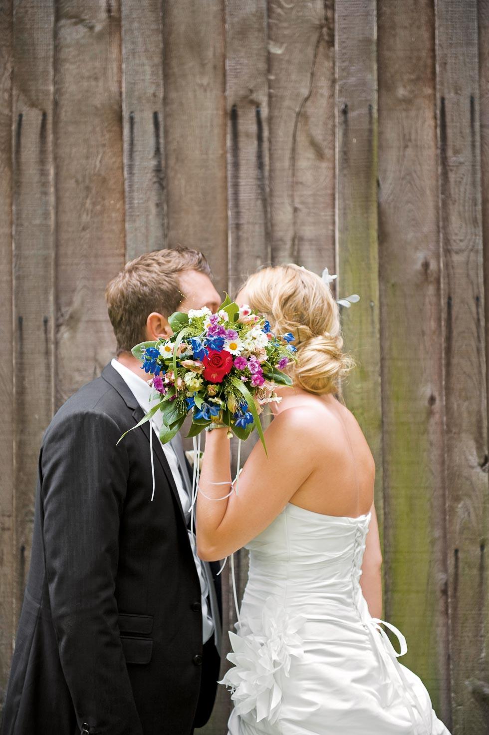 Brautstrauß Blau, Weiß un Rot