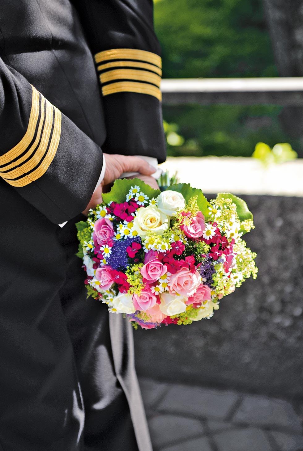 Brautstrauß Rosa, Lila und Weiß