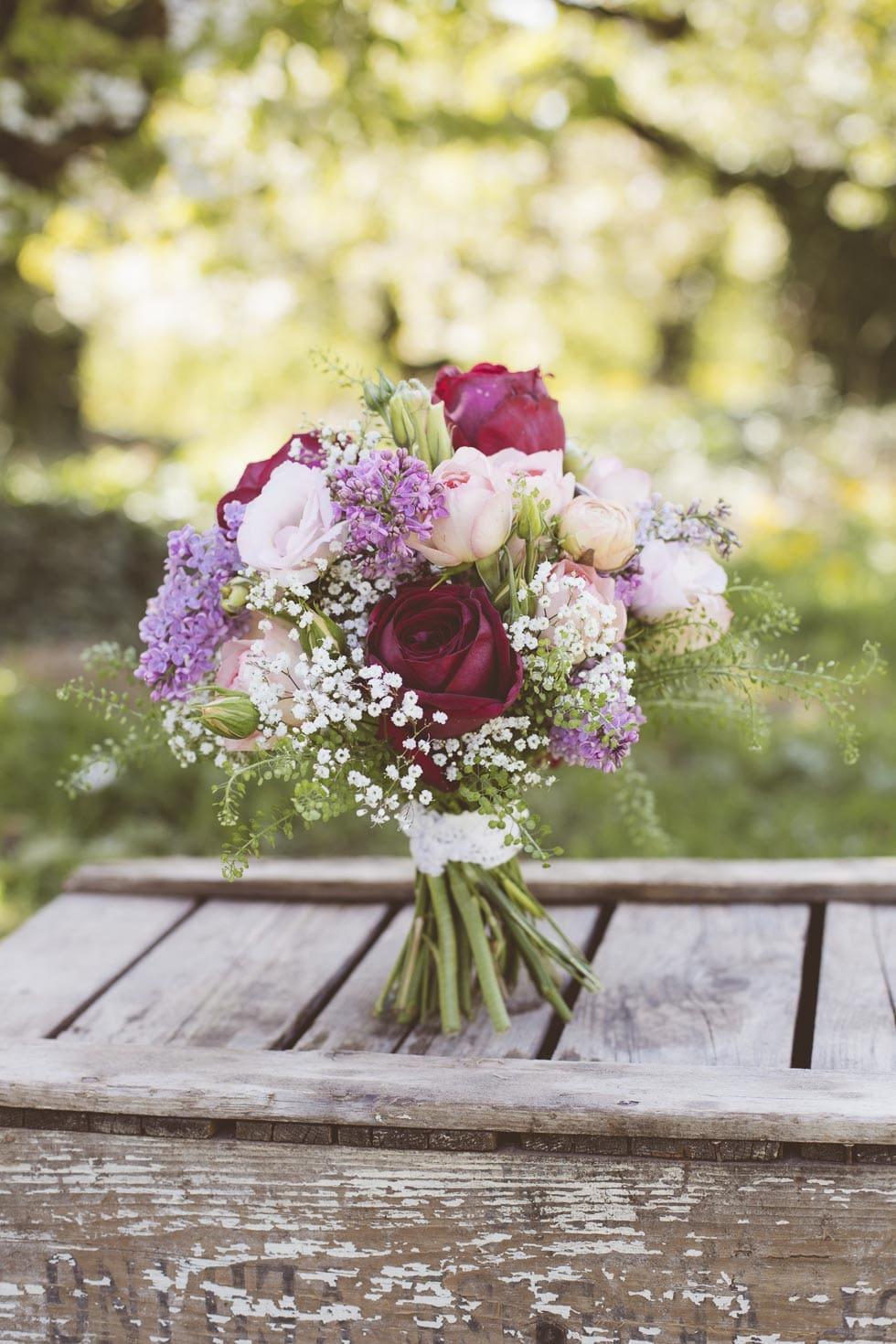 Brautstrauß Violett und Weiß