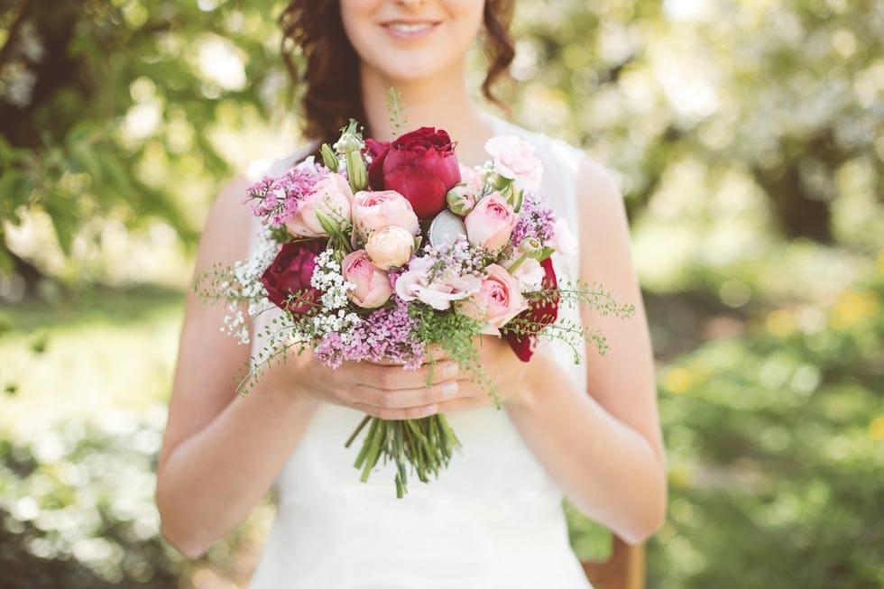 Brautstrauß Rot und Weiß