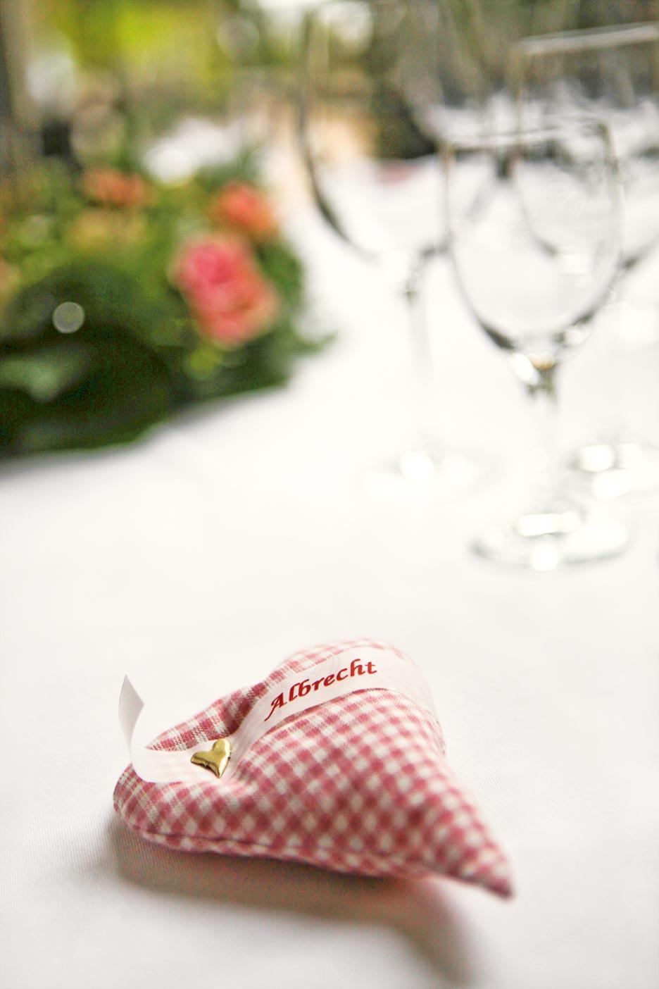 Gastgeschenke Herzkissen DIY