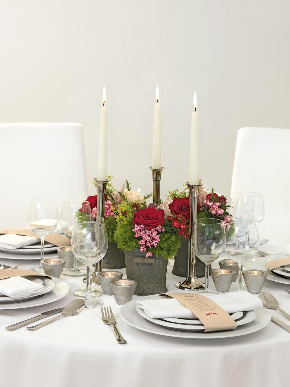 Tischdekoration Rot Grun Und Grau