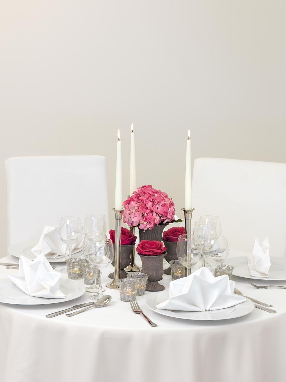 Tischdekoration Rosa Rot Und Grau