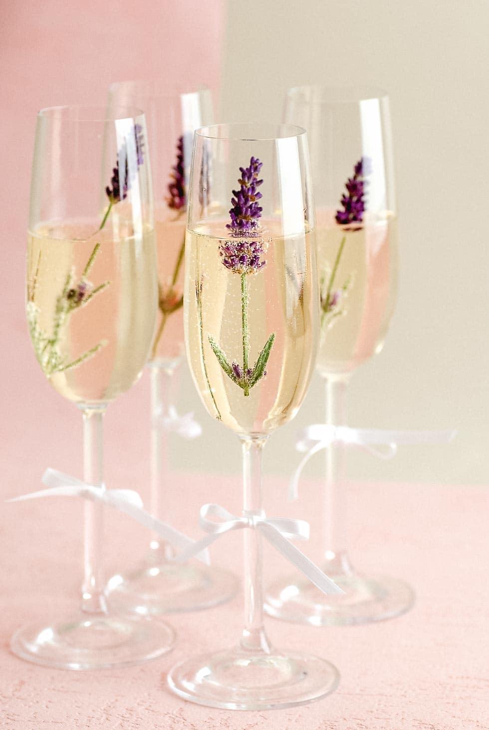 Sektempfang Hochzeit Sekt Aufpeppen Mit Blüten