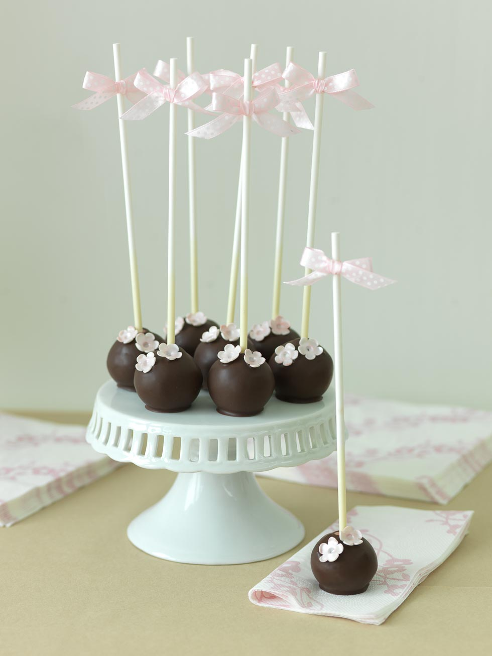 cake pops anleitung originalrezepte mit geling garantie. Black Bedroom Furniture Sets. Home Design Ideas