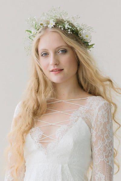 Brautfrisur Blumen offen