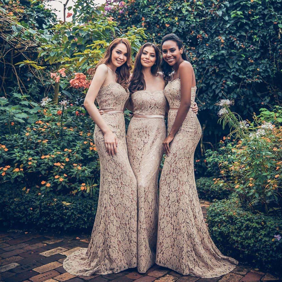Brautjungfernkleider Beige