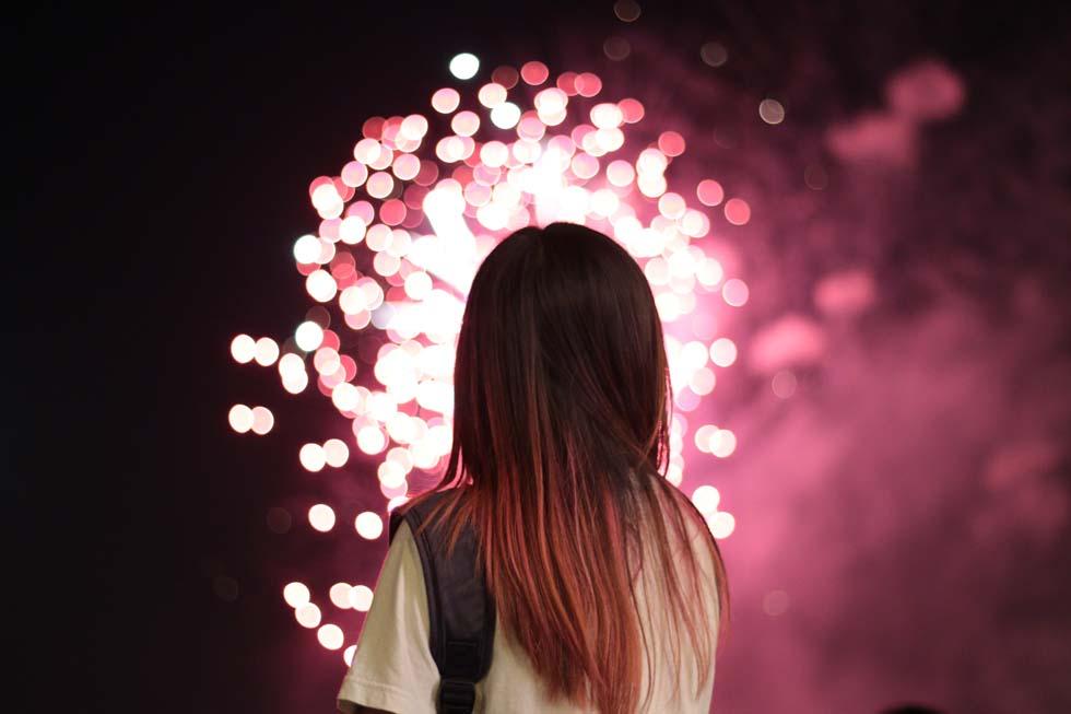 Feuerwerk Heiratsantrag zünden
