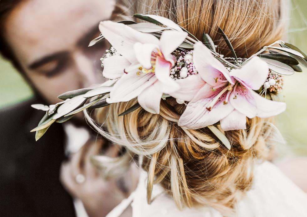 Brautfrisur Blumen