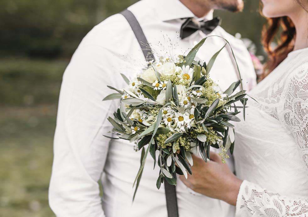 Brautstrauß Gänseblümchen Olivenzweig
