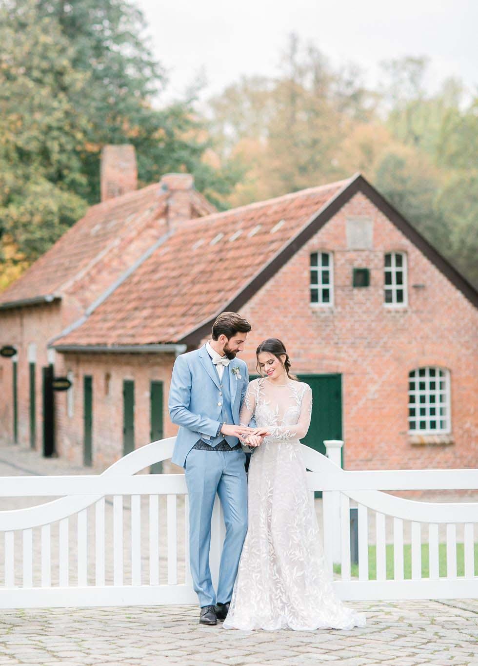 Hochzeitsfoto Brautpaar Weissenhaus