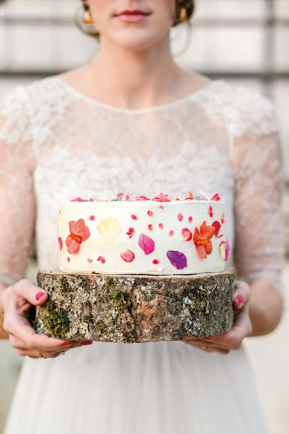 Hochzeitstorte Blüten