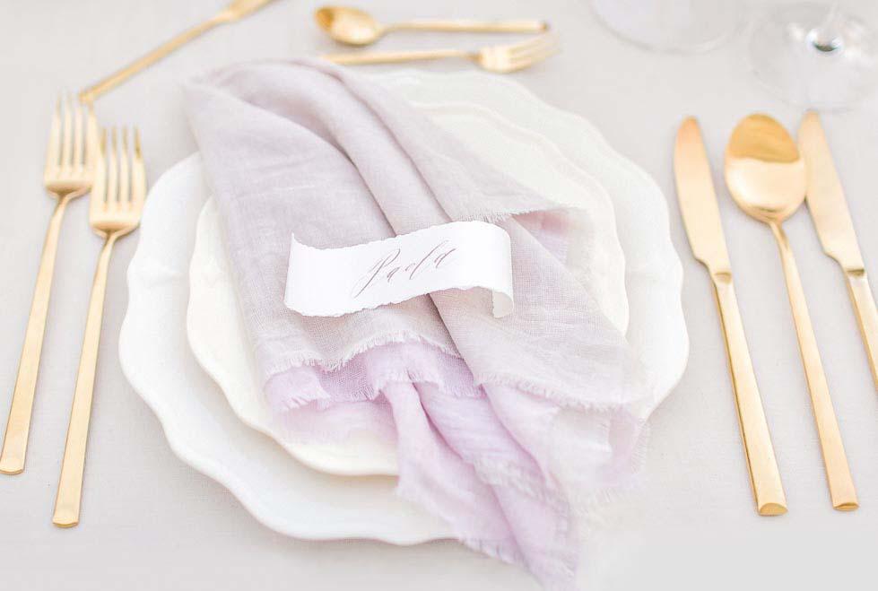 Tischdeko Lila Gold Besteck