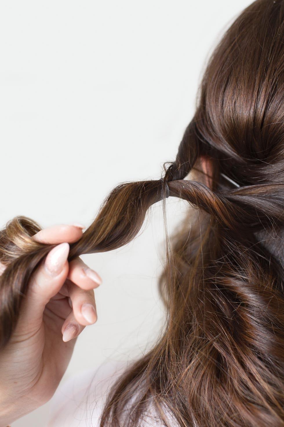 Schritt-für-Schritt Anleitung Frisur