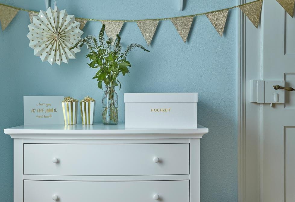 gl ck segen. Black Bedroom Furniture Sets. Home Design Ideas