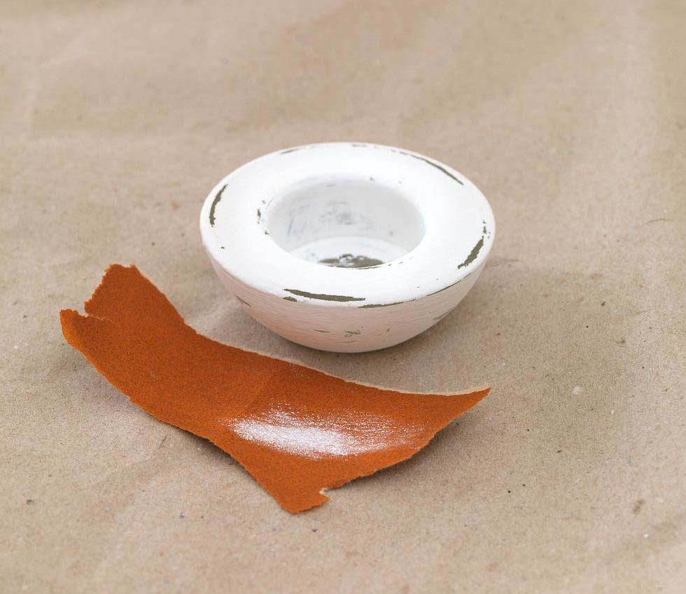 Teelichthalter Glas mit Kreidefarbe streichen