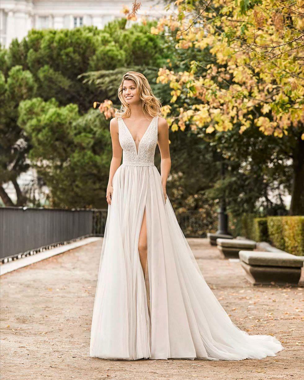 Brautkleid mit Schlitz Aire Barcelona