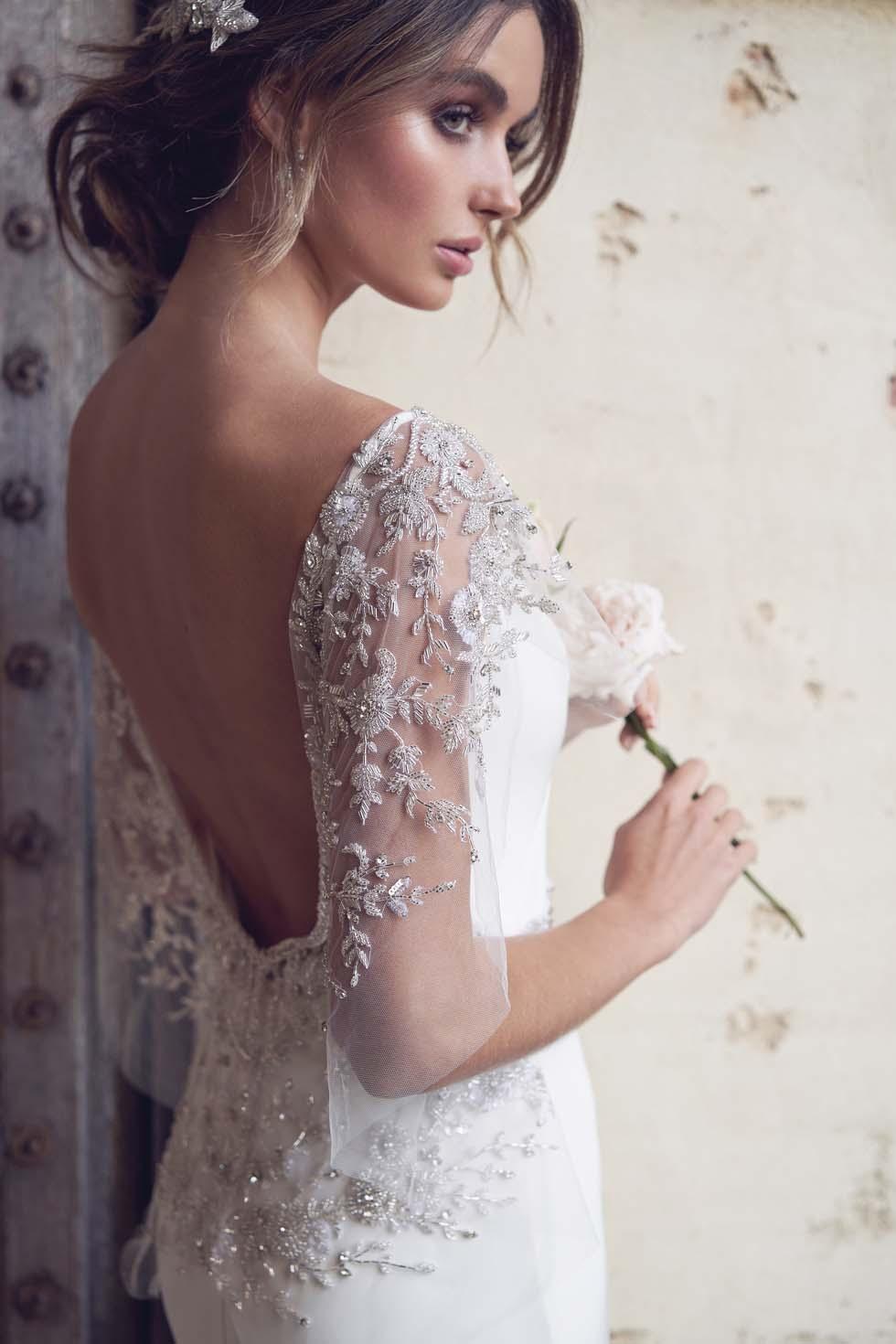 Brautkleid mit Stickerei Anna Campbell