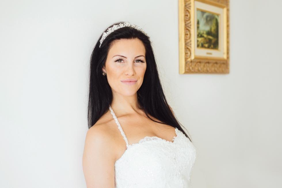 Brautfrisur offen Haarkranz