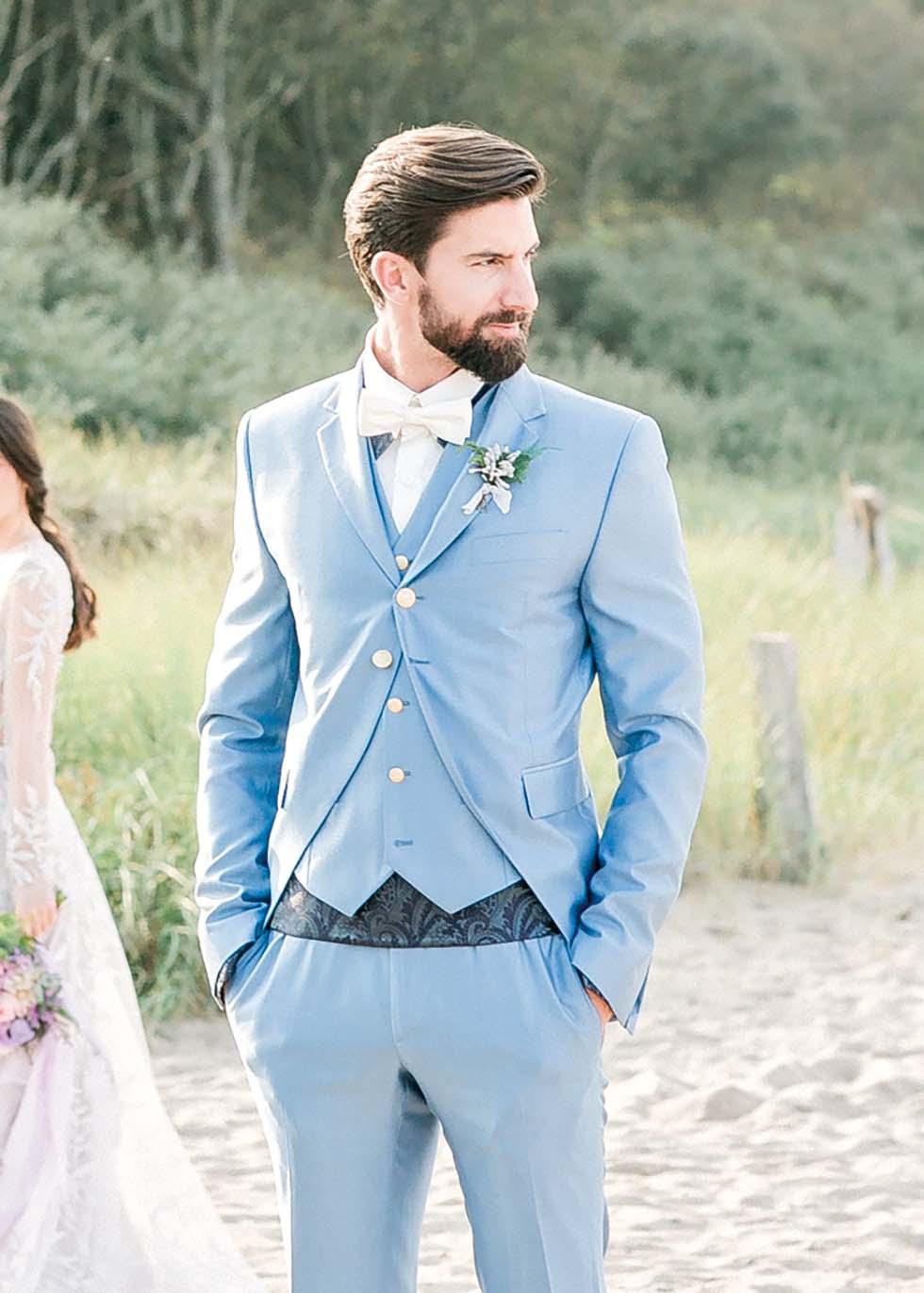 Hochzeitsanzug Hellblau