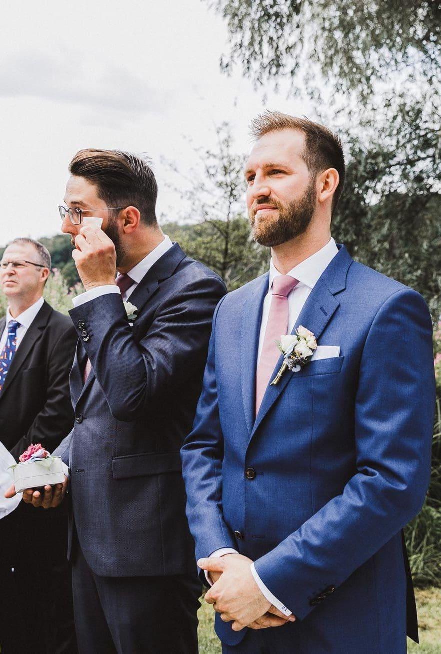 Bräutigam Einzug Braut