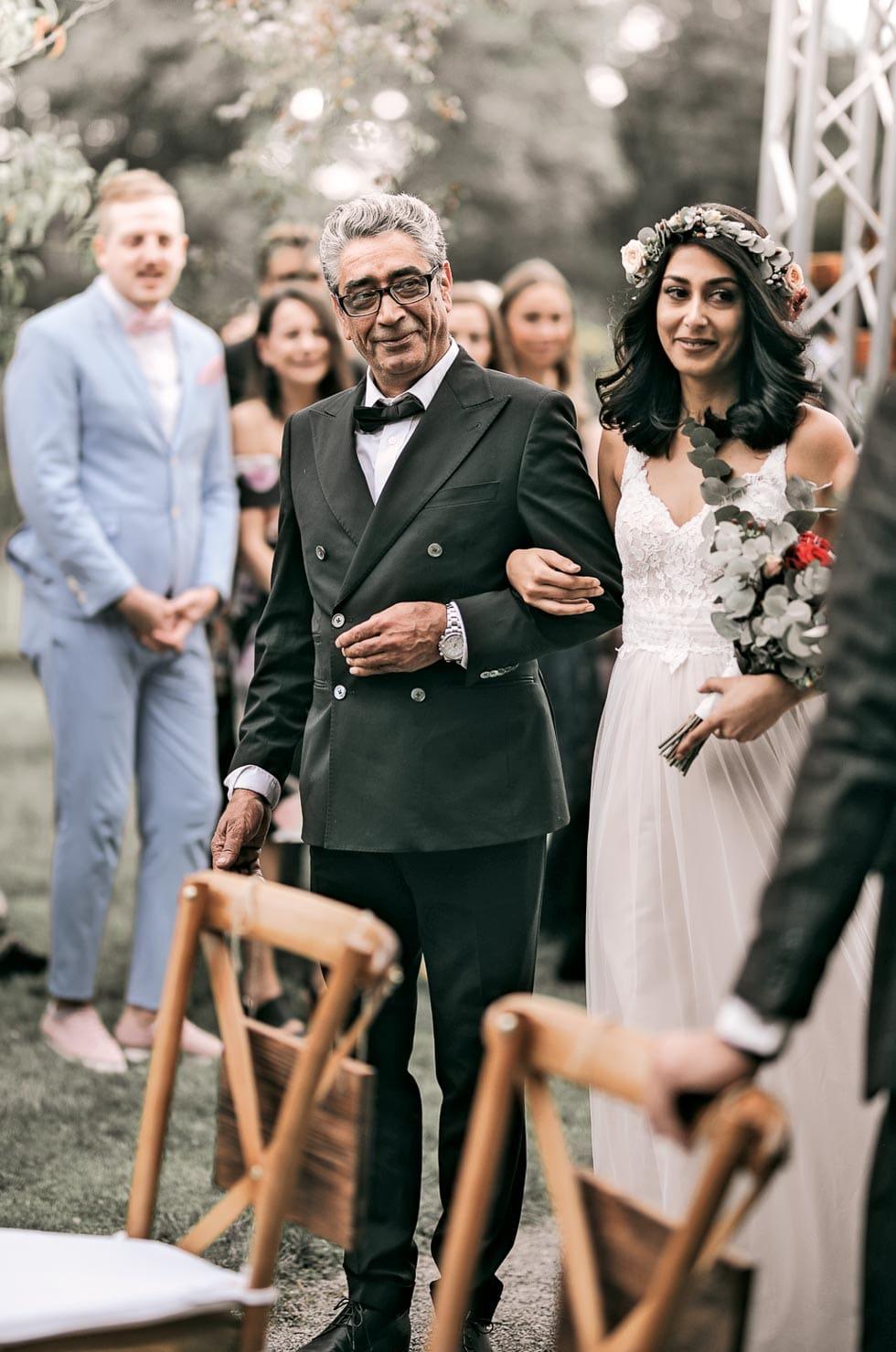 Freie Trauung Einzug Braut