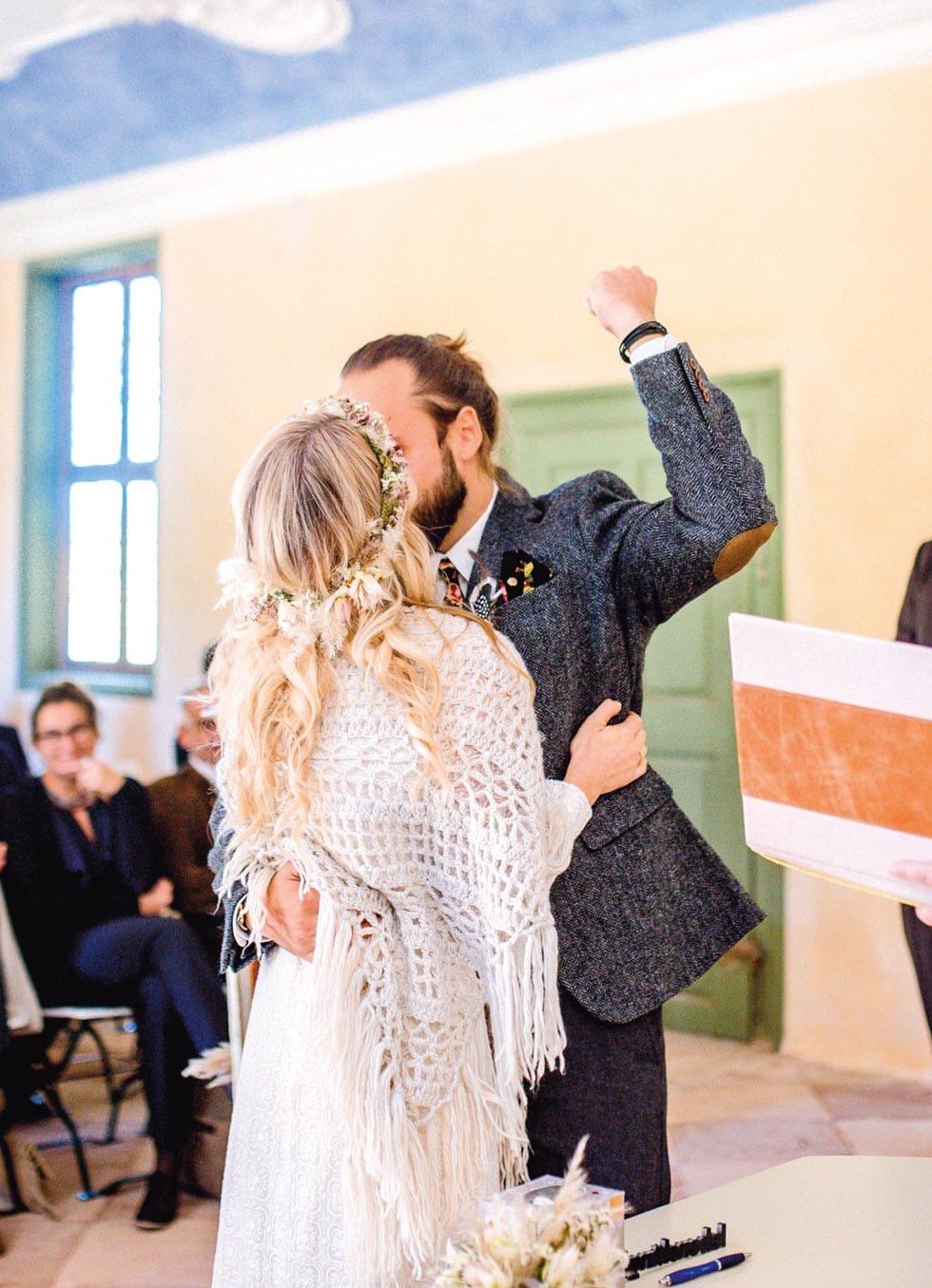 Brautpaar standesamtliche Trauung