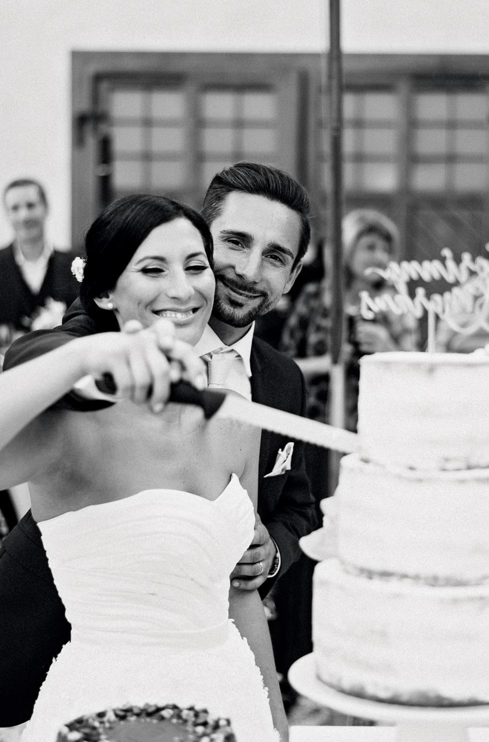Tortenanschnitt Brautpaar