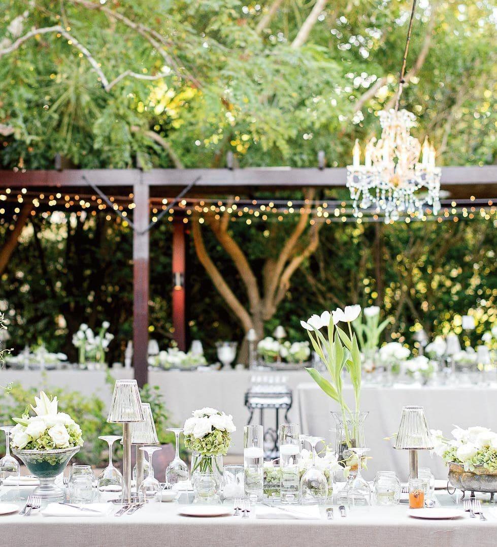 Hochzeitslocation dekorieren