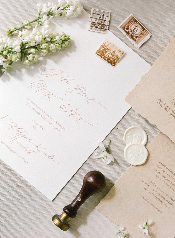 Hochzeitseinladung Calligraphie Siegel