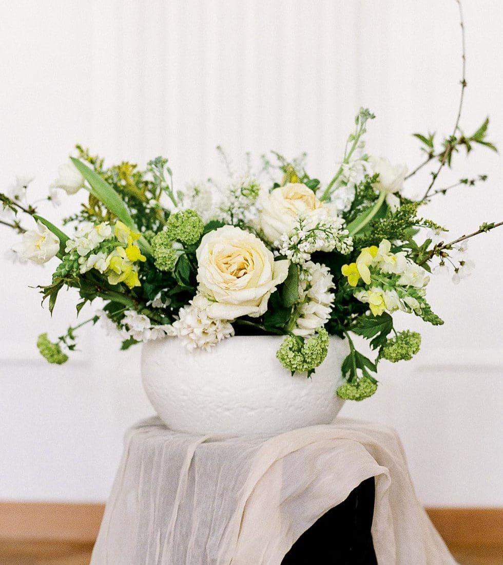 Hochzeitsdeko Steinvase Weiß Gelb Grün