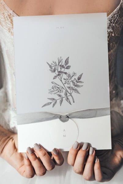 Kirchenheft Zeichnung Blätter